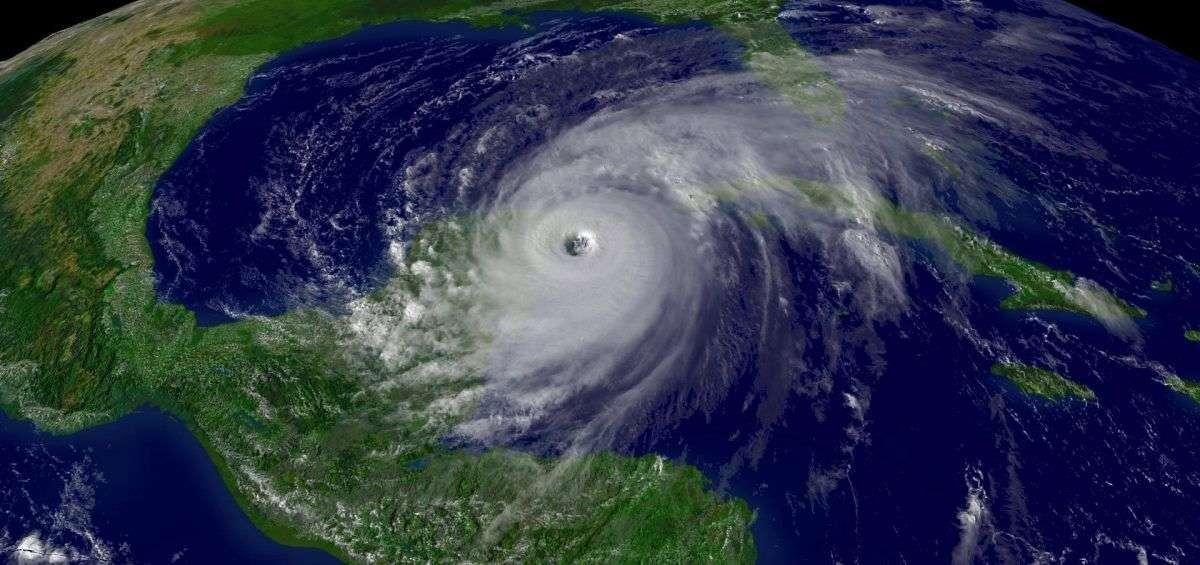 Hurricane_Wilma_200510212015
